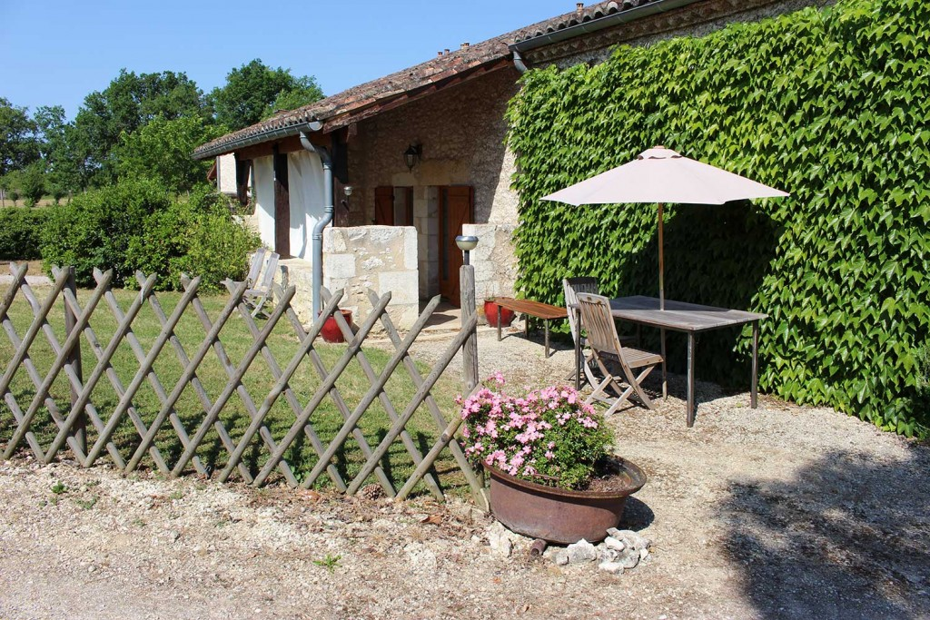 Jardin gite Charme vacances Vignal Monflanquin