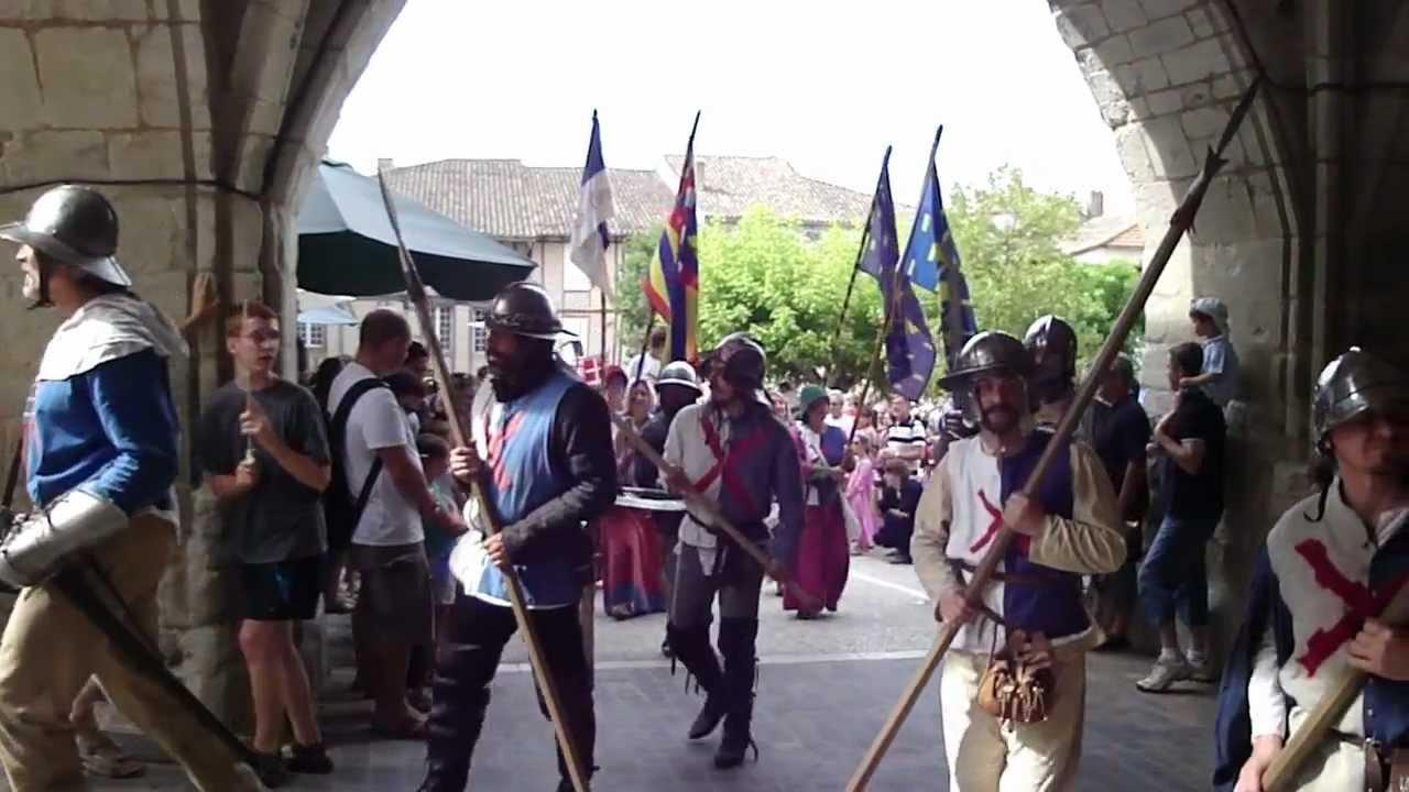 Le vignal gites monflanquin la parade m di vale de for Chambre de parade